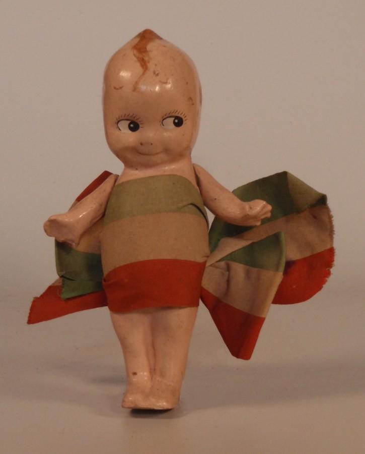 Bambola tricolore